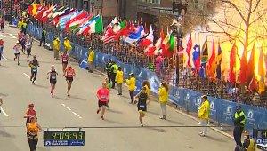 Fotografía de la explosión durante el maratón de Bostón durante noviembre del 2013.